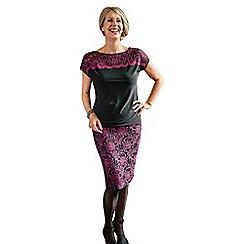 Lavitta - Plum contrast lace pencil skirt