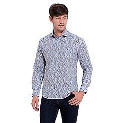 Gabicci Vintage - Blue classic fit printed woven shirt