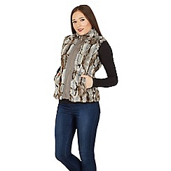 Izabel London - Grey sleeveless faux fur vest