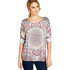 Apricot - Grey tribal oval placement top