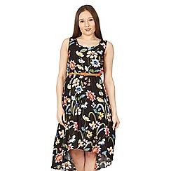 Izabel London - Multicoloured dipped hem print dress