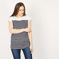 Izabel London - Navy roll up sleeves t-shirt top
