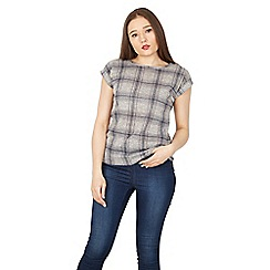 Izabel London - Grey check print t-shirt top