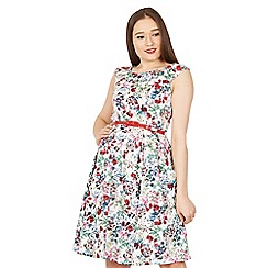 Izabel London - White floral print swing dress with a red belt