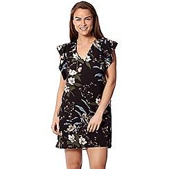 Izabel London - Black frill sleeve print shift dress