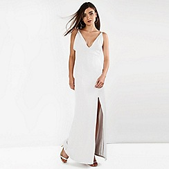 Amalie & Amber - White bodycon dress