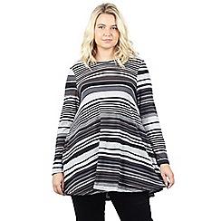 Izabel London Curve - Grey plus size striped swing dress