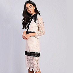 Amalie & Amber - Cream lace bodycon dress