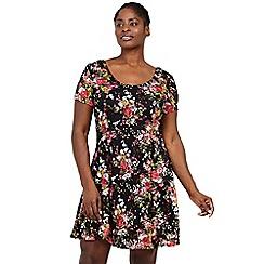 Izabel London Curve - Black floral skater dress