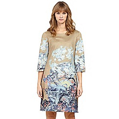 Izabel London - Beige printed shift dress
