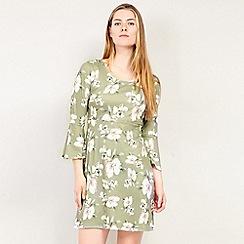 Izabel London - Green Printed Ruffle & Frill Sleeve Dress