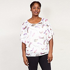 Izabel London Curve - White Feathers Print Batwing Top