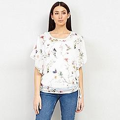 Izabel London - White Butterfly Print T-Shirt