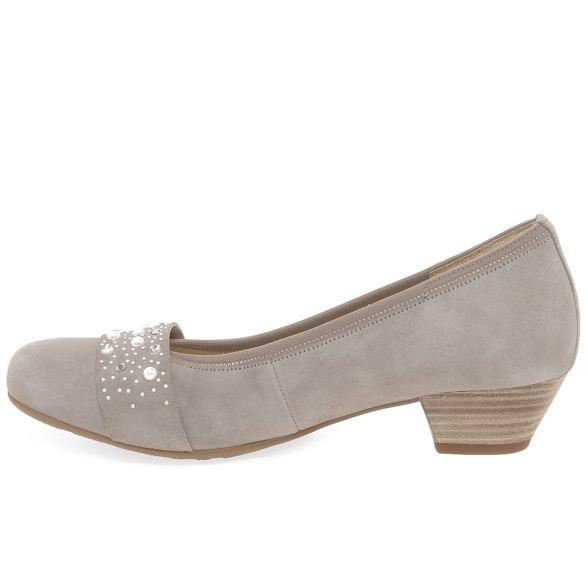 court low Gabor suede 'Kinloch' shoes Beige heeled wwZtqX