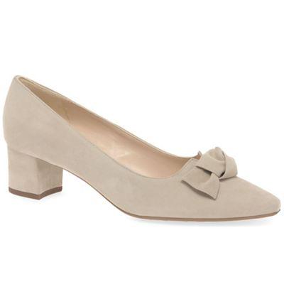 Peter Kaiser - Beige suede' Binella' mid heeled court shoes