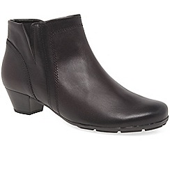 Gabor - Wine leather 'Heritage' low heeled ankle boots