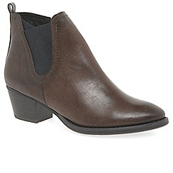 Marco Tozzi - Brown 'Deltana' mid heeled Chelsea boots