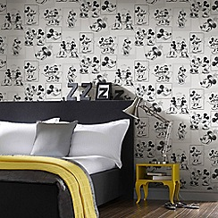 Disney - Black and White Sketch Disney Mickey and Minnie Wallpaper
