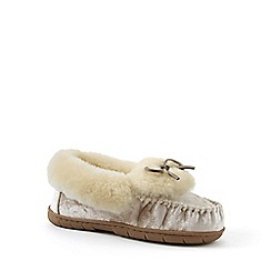 b5106898b7a562 Lands  End - Beige velvet moccasin slippers with shearling collar