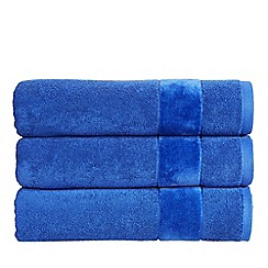 Christy - Prism blue velvet towels