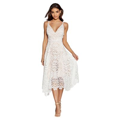 Quiz   Cream And Nude Crochet V Neck Dress by Quiz