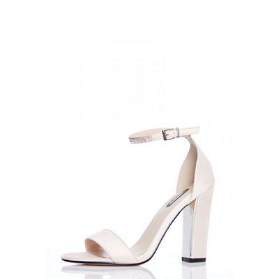 Quiz - Nude diamante ankle sandals