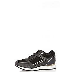 Quiz - Black stud lace up trainers
