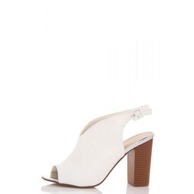 Quiz - White vamp chunky heel shoe boots