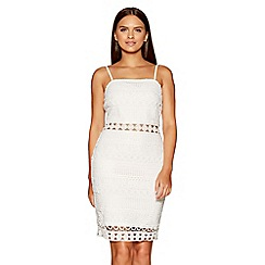 Quiz - White crochet dress