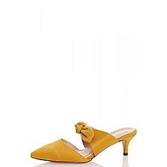 Quiz - Mustard faux suede low heel mules