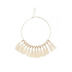Quiz - Cream statement tassel necklace