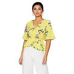 Quiz - Yellow and pink floral wrap top
