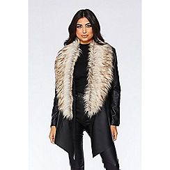 Quiz - Black waterfall faux fur trim jacket