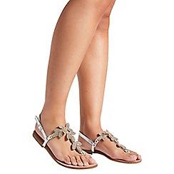 Quiz - Silver metallic leaf jewel sandals