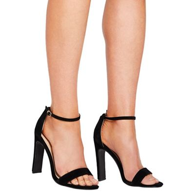 Quiz - Black barely there heel sandals