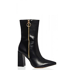 Quiz - Black pointed zip heel boots