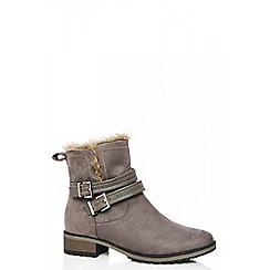 Quiz - Grey double buckle ankle boots