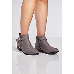 Quiz - Grey stud back flat chelsea boots