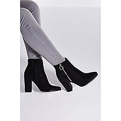 Quiz - Black diamante back block heel ankle boots