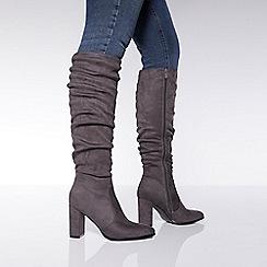 Quiz - White patent block heel ankle boots