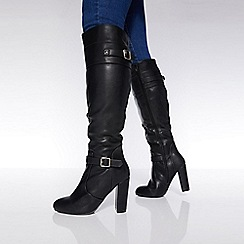 Quiz - Black buckle strap block heel long boots