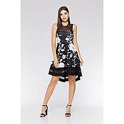Quiz - Black and white floral dip hem dress