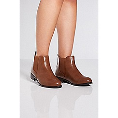 Quiz - Tan chelsea ankle boots