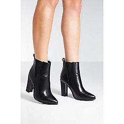 Quiz - Black mid heel chelsea boots
