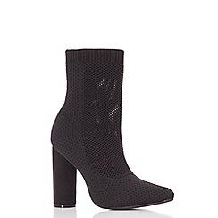 Quiz - Black pointed block heel boots