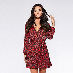 Quiz - Towie red and black satin leopard print wrap dress