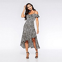 Quiz - Towie black and white leopard cold shoulder frill dress