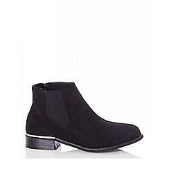 Quiz - Black metal trim chelsea ankle boots