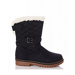 Quiz - Black quilted calf boots