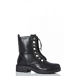 Quiz - Black pearl detail ankle boots